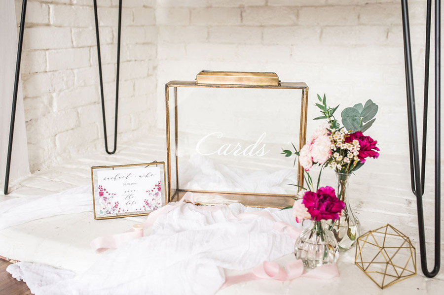 Modern luxe wedding style ideas with images by Laura Jane Photography (35)