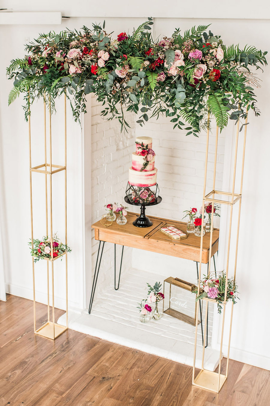 Modern luxe wedding style ideas with images by Laura Jane Photography (34)