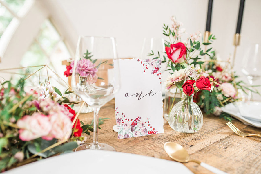 Modern luxe wedding style ideas with images by Laura Jane Photography (26)