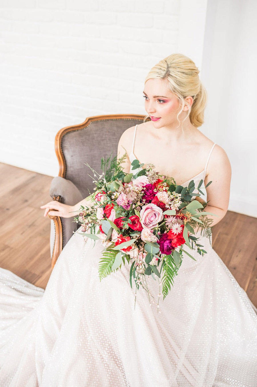 Modern luxe wedding style ideas with images by Laura Jane Photography (23)