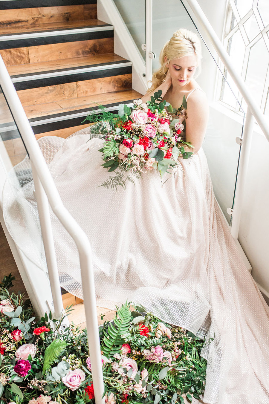 Modern luxe wedding style ideas with images by Laura Jane Photography (15)