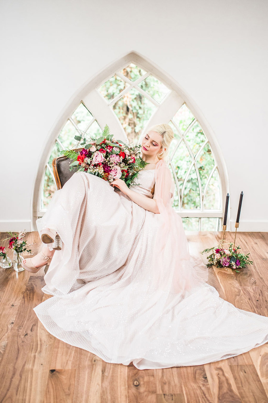 Modern luxe wedding style ideas with images by Laura Jane Photography (12)
