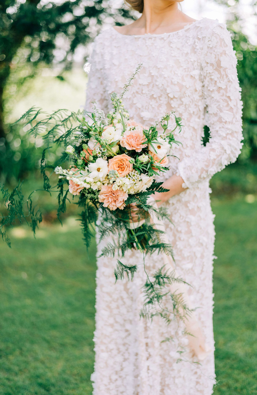 coral and neutral colour palette for a stunning wedding look with Corky and Prince, image credit Rachel Jane Photography (2)