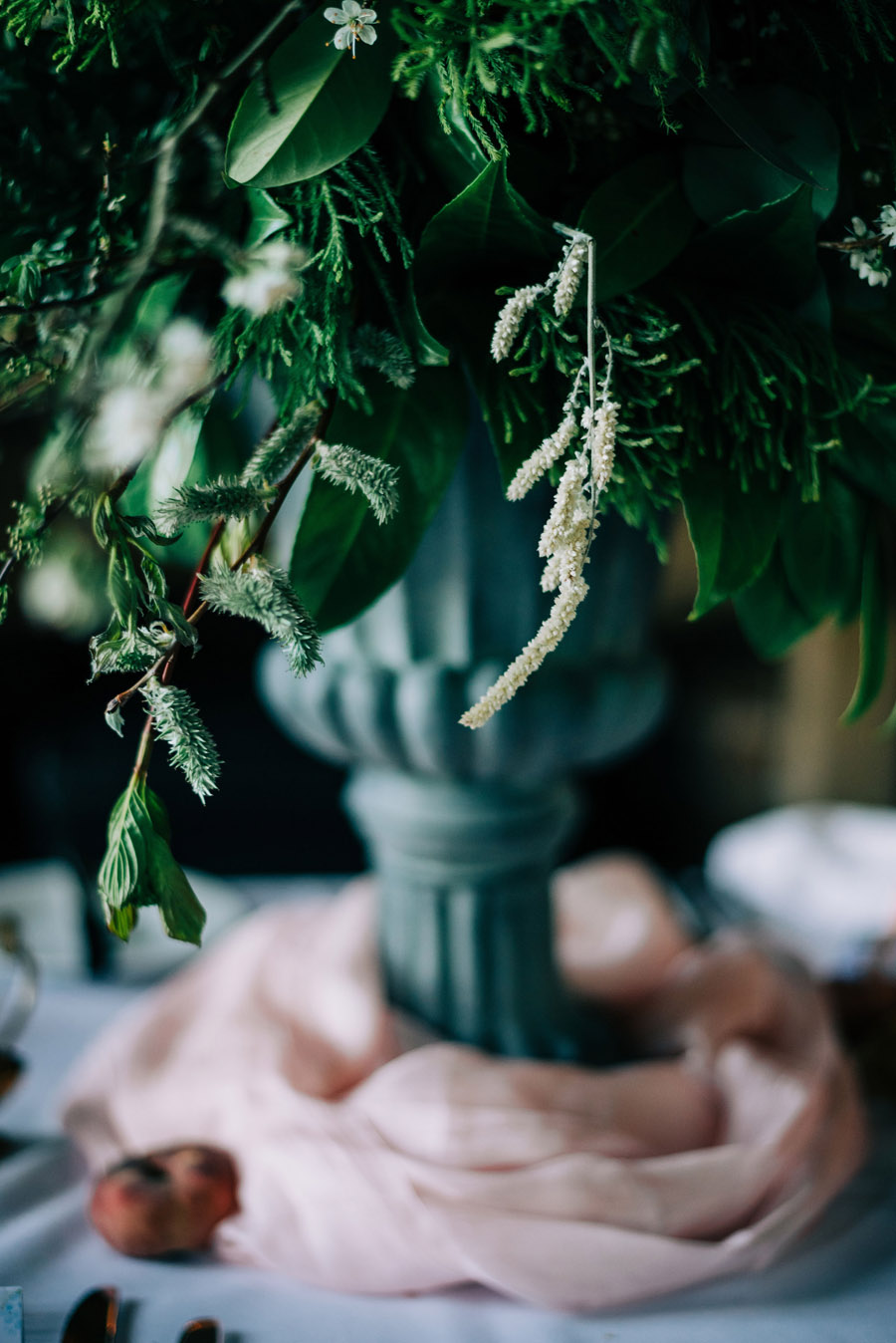 coral and neutral colour palette for a stunning wedding look with Corky and Prince, image credit Rachel Jane Photography (37)