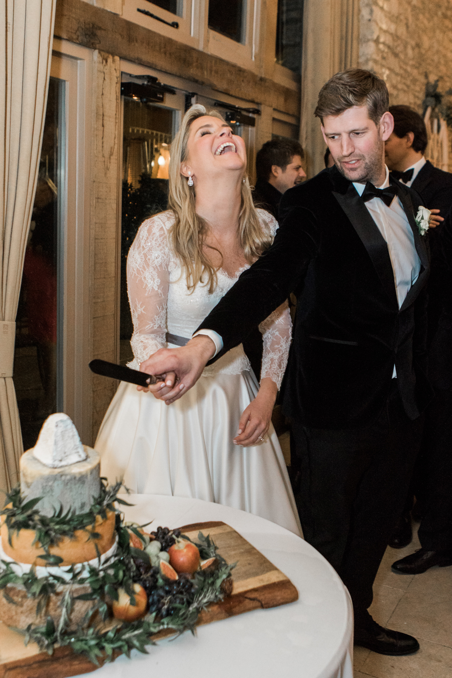 A super elegant black tie wedding in winter, photographed by Amanda Karen Photography (36)
