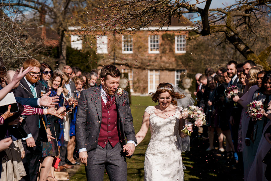 Sarah & Rob's relaxed and romantic English barn wedding at Micklefield, photo credit Damion Mower Photography (43)