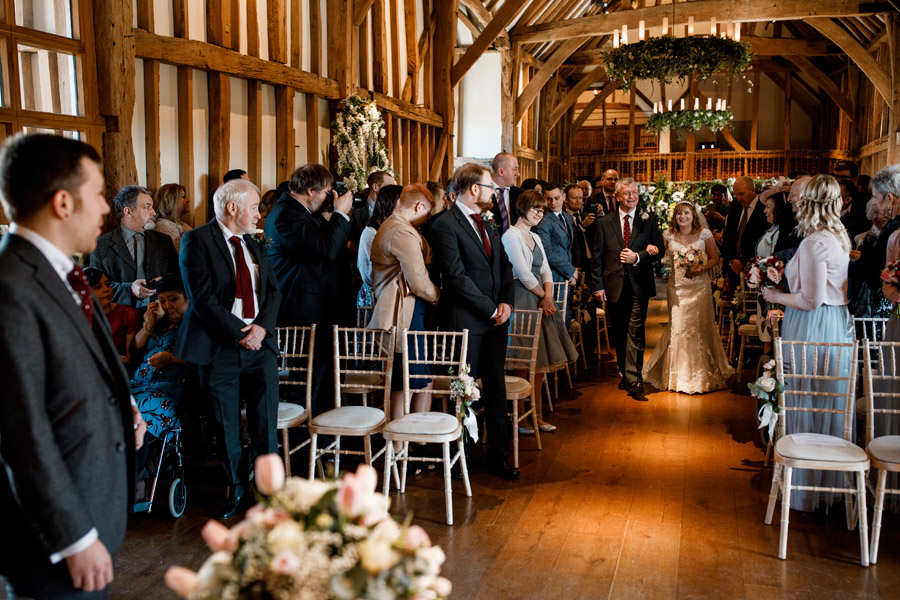 Sarah & Rob's relaxed and romantic English barn wedding at Micklefield, photo credit Damion Mower Photography (6)