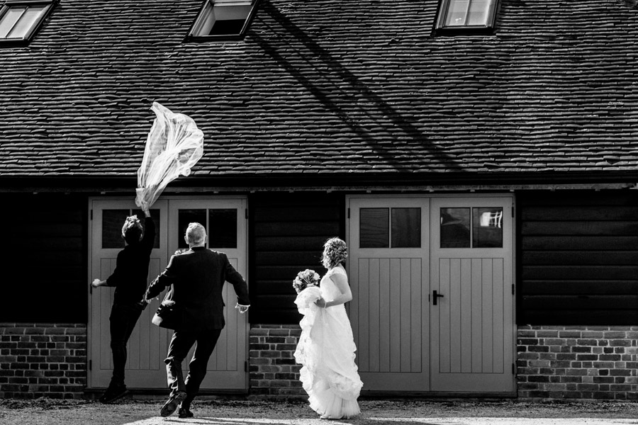 Sarah & Rob's relaxed and romantic English barn wedding at Micklefield, photo credit Damion Mower Photography (28)