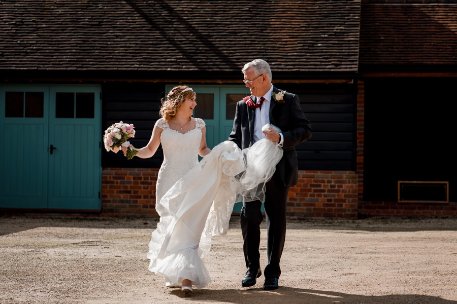 Sarah & Rob's relaxed and romantic English barn wedding at Micklefield, photo credit Damion Mower Photography (30)