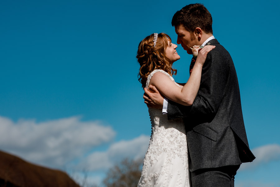 Sarah & Rob's relaxed and romantic English barn wedding at Micklefield, photo credit Damion Mower Photography (32)