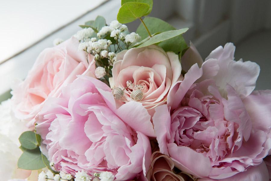 Gorgeous High Rocks wedding blog with Helen England Photography (4)