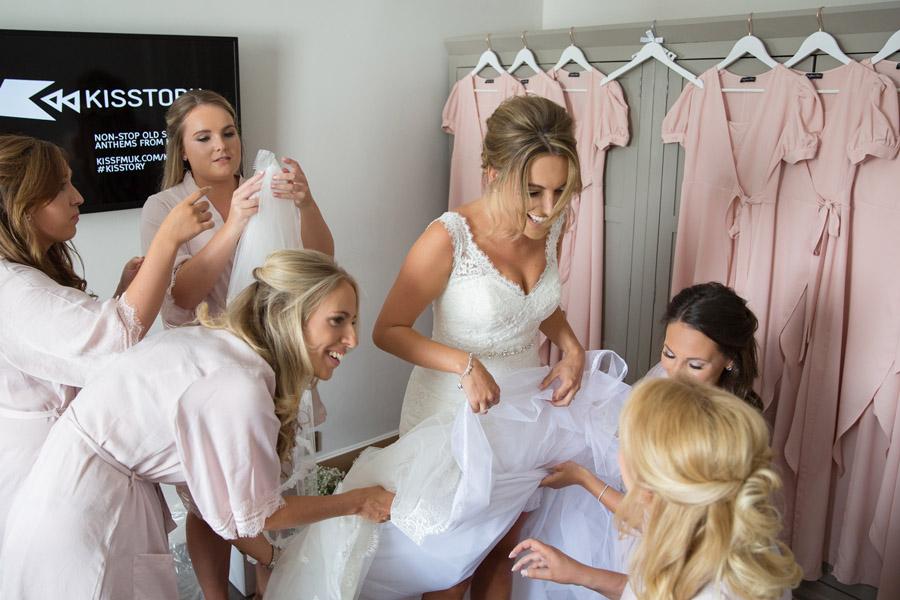 Gorgeous High Rocks wedding blog with Helen England Photography (5)