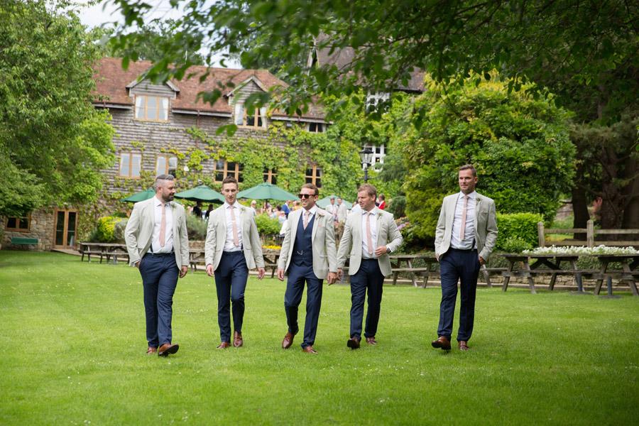 Gorgeous High Rocks wedding blog with Helen England Photography (10)