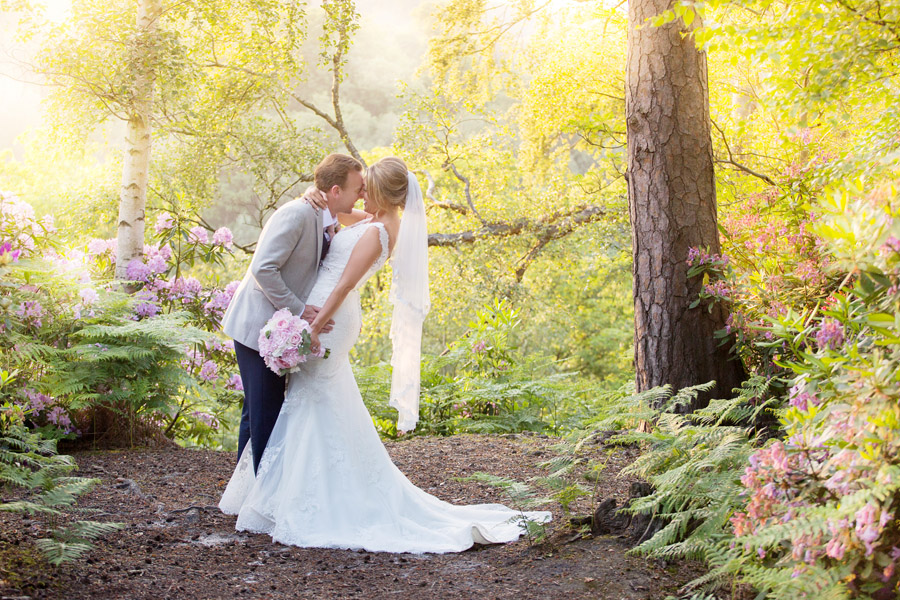 Gorgeous High Rocks wedding blog with Helen England Photography (38)