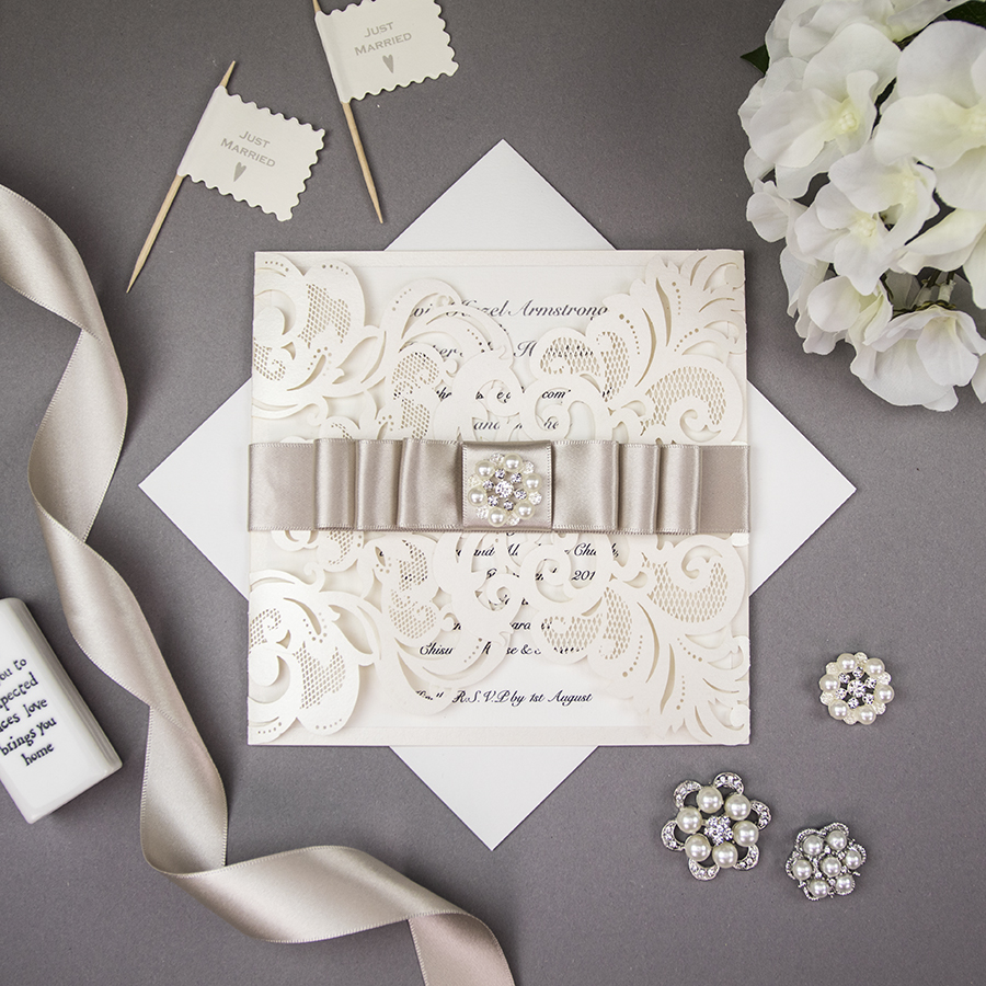 DIY wedding stationery embellishments from Wowvow (7)