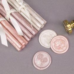 We love… DIY wedding stationery shop Wowvow
