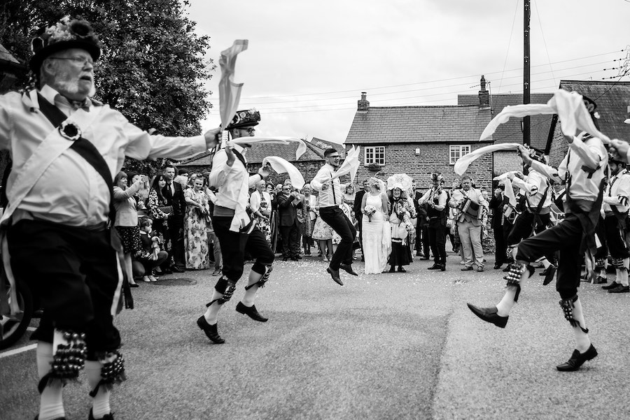 village wedding in Lincolnshire, Shearsby Bath wedding by Johnny Dent Photography (23)