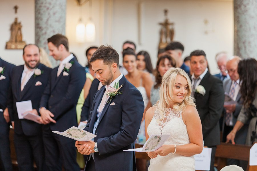 Beautiful English marquee wedding in Hertfordshire with Amanda Karen Photography (22)