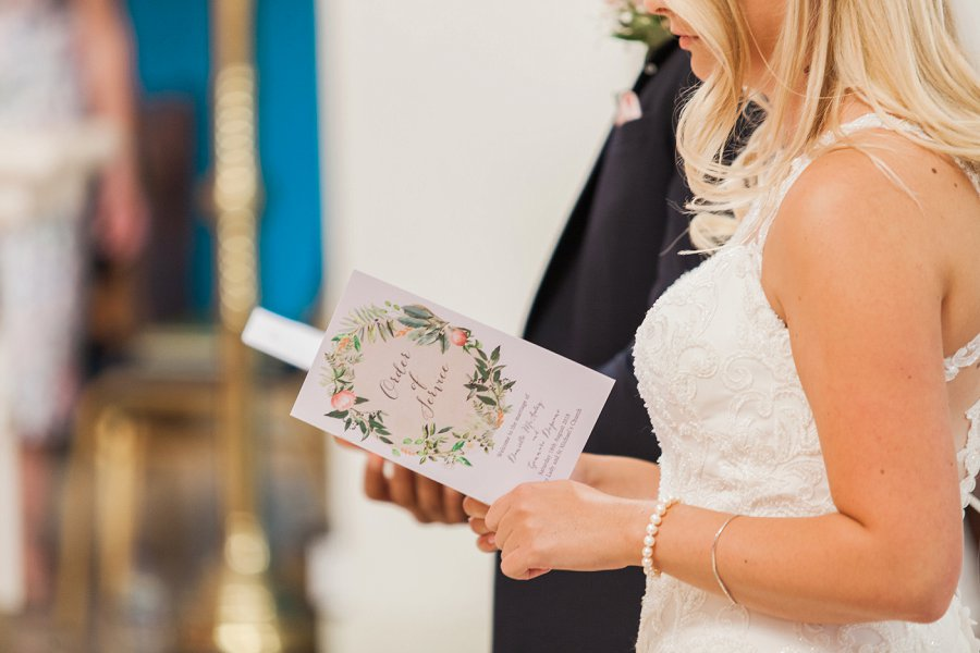 Beautiful English marquee wedding in Hertfordshire with Amanda Karen Photography (23)