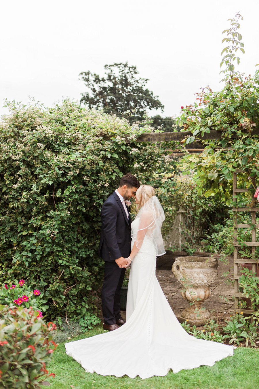 Beautiful English marquee wedding in Hertfordshire with Amanda Karen Photography (29)