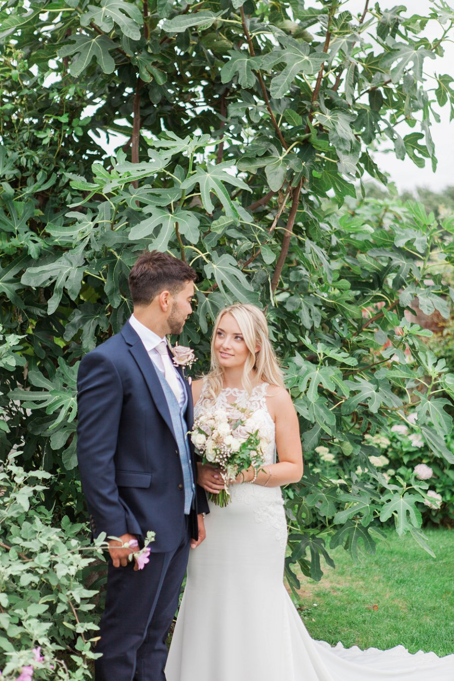 Beautiful English marquee wedding in Hertfordshire with Amanda Karen Photography (32)