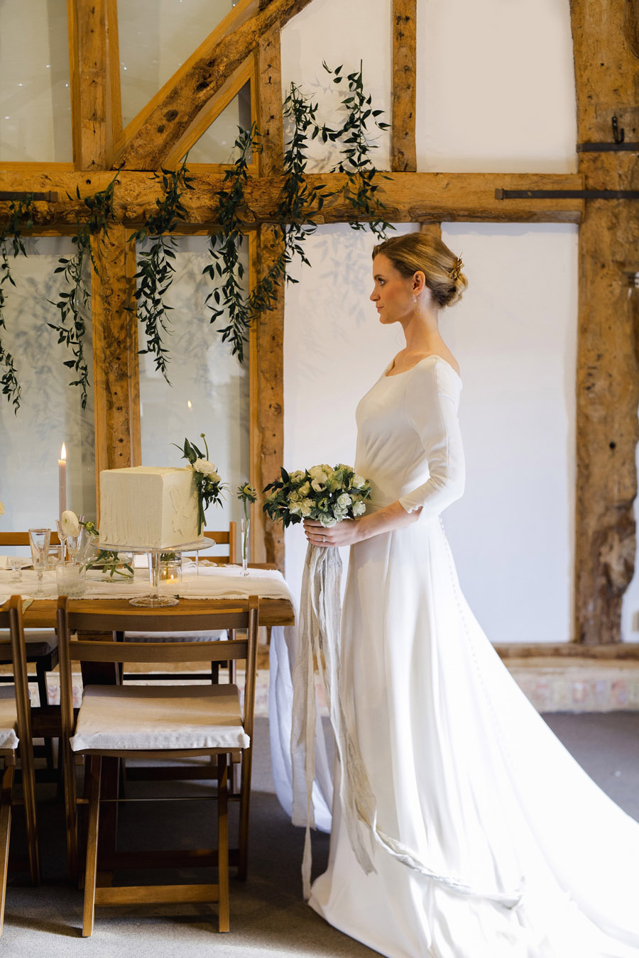 Sustainable, vegan and organic wedding styling ideas from the UK (15)