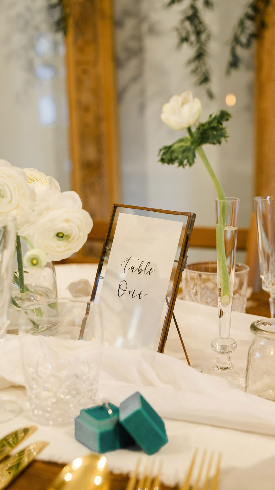 Sustainable, vegan and organic wedding styling ideas from the UK (20)