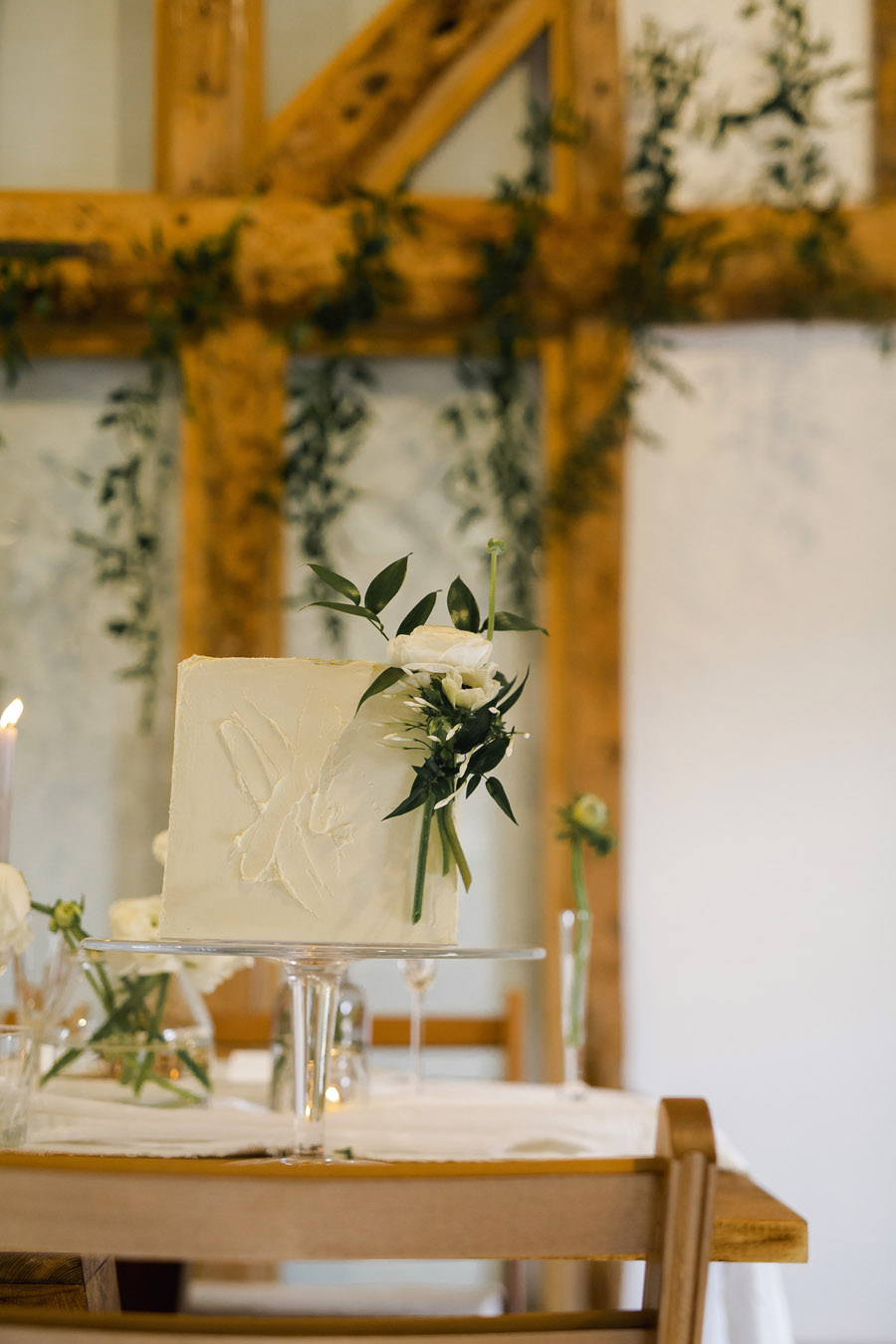 Sustainable, vegan and organic wedding styling ideas from the UK (25)