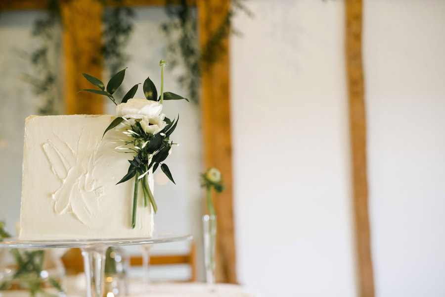 Sustainable, vegan and organic wedding styling ideas from the UK (5)
