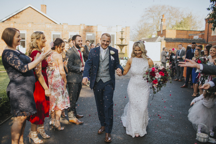 Eleanor and Martyn's Pendrell Hall wedding, images by Lisa Webb Photography (14)