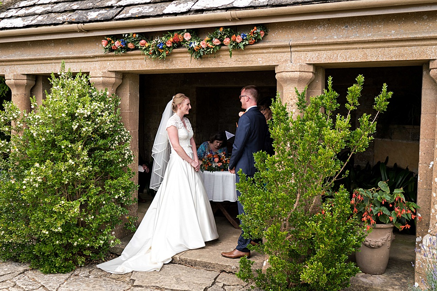 Sarah & Michael's coral and blue Mapperton House wedding, with Linus Moran Photography on the English Wedding Blog (18)