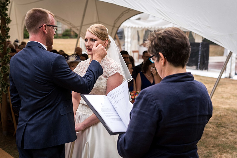 Sarah & Michael's coral and blue Mapperton House wedding, with Linus Moran Photography on the English Wedding Blog (21)