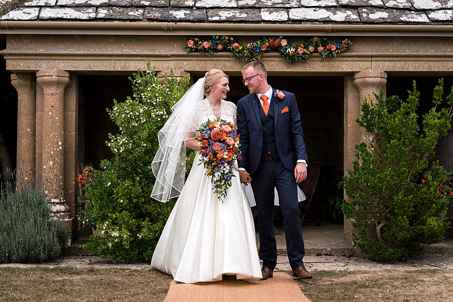 Sarah & Michael's coral and blue Mapperton House wedding, with Linus Moran Photography on the English Wedding Blog (28)
