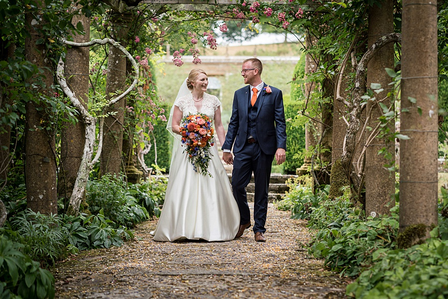 Sarah & Michael's coral and blue Mapperton House wedding, with Linus Moran Photography on the English Wedding Blog (36)