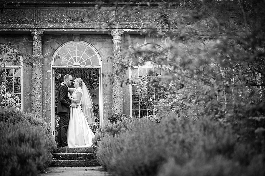 Sarah & Michael's coral and blue Mapperton House wedding, with Linus Moran Photography on the English Wedding Blog (38)