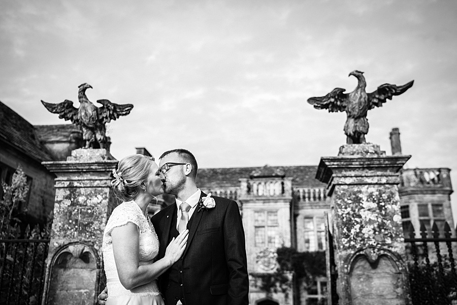 Sarah & Michael's coral and blue Mapperton House wedding, with Linus Moran Photography on the English Wedding Blog (39)