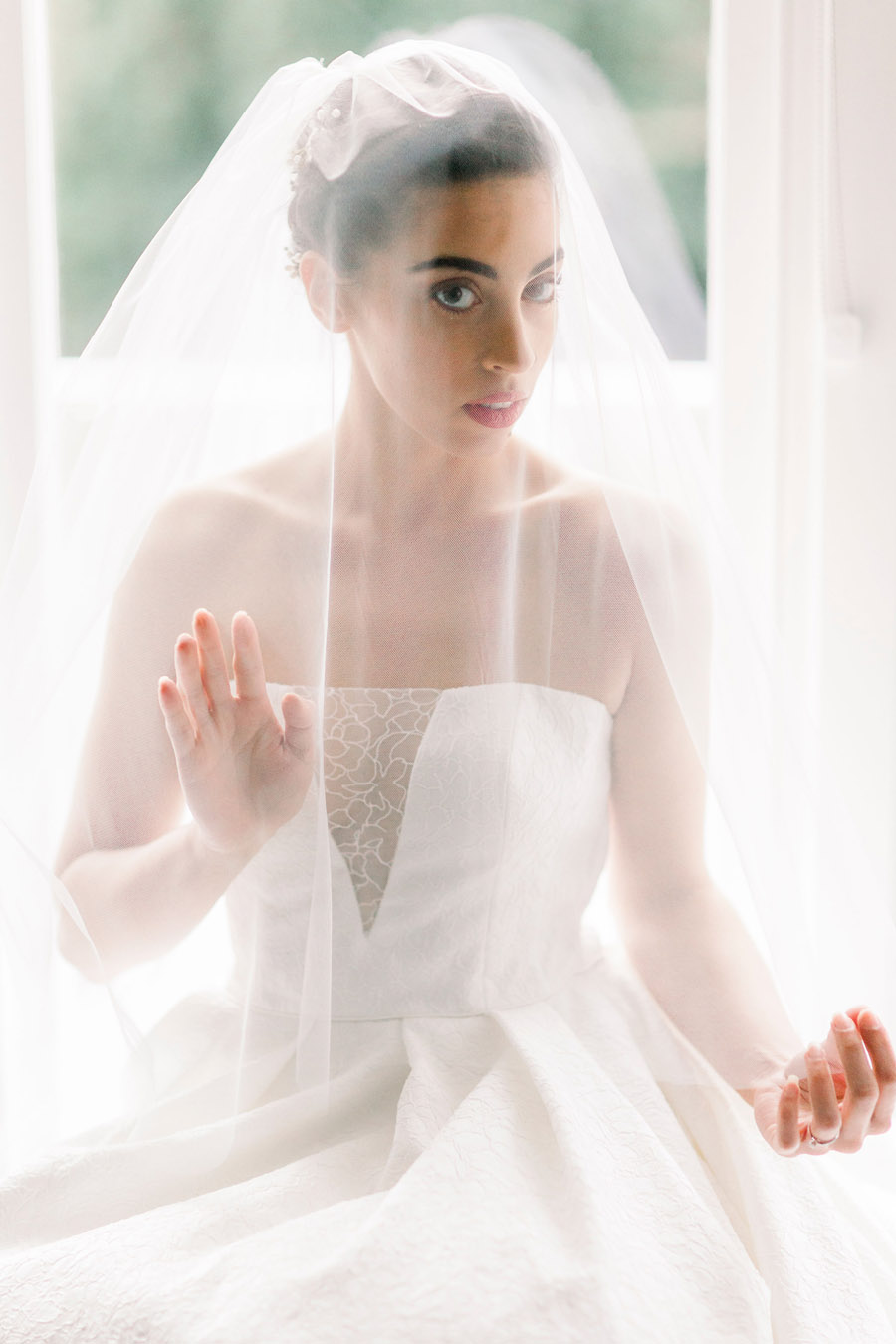Vintage meets modern in a stunning Cheshire bridal editorial - photo credit Jo Bradbury Photography (32)