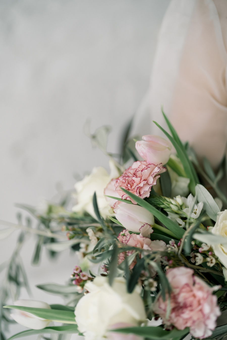 Spring blossom wedding style inspiration and ideas with Chloe Ely Photography at Barton Court (25)
