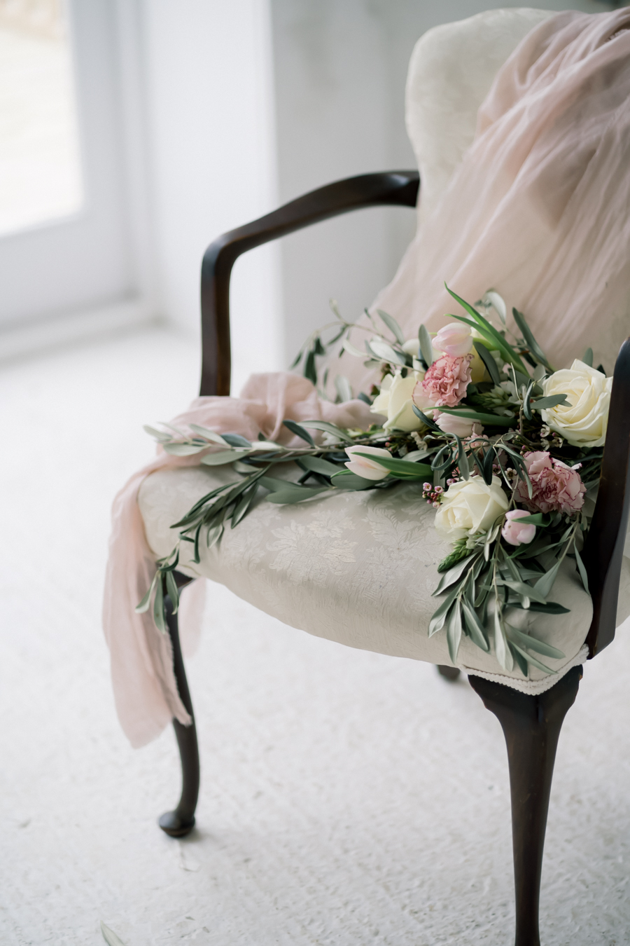 Spring blossom wedding style inspiration and ideas with Chloe Ely Photography at Barton Court (29)