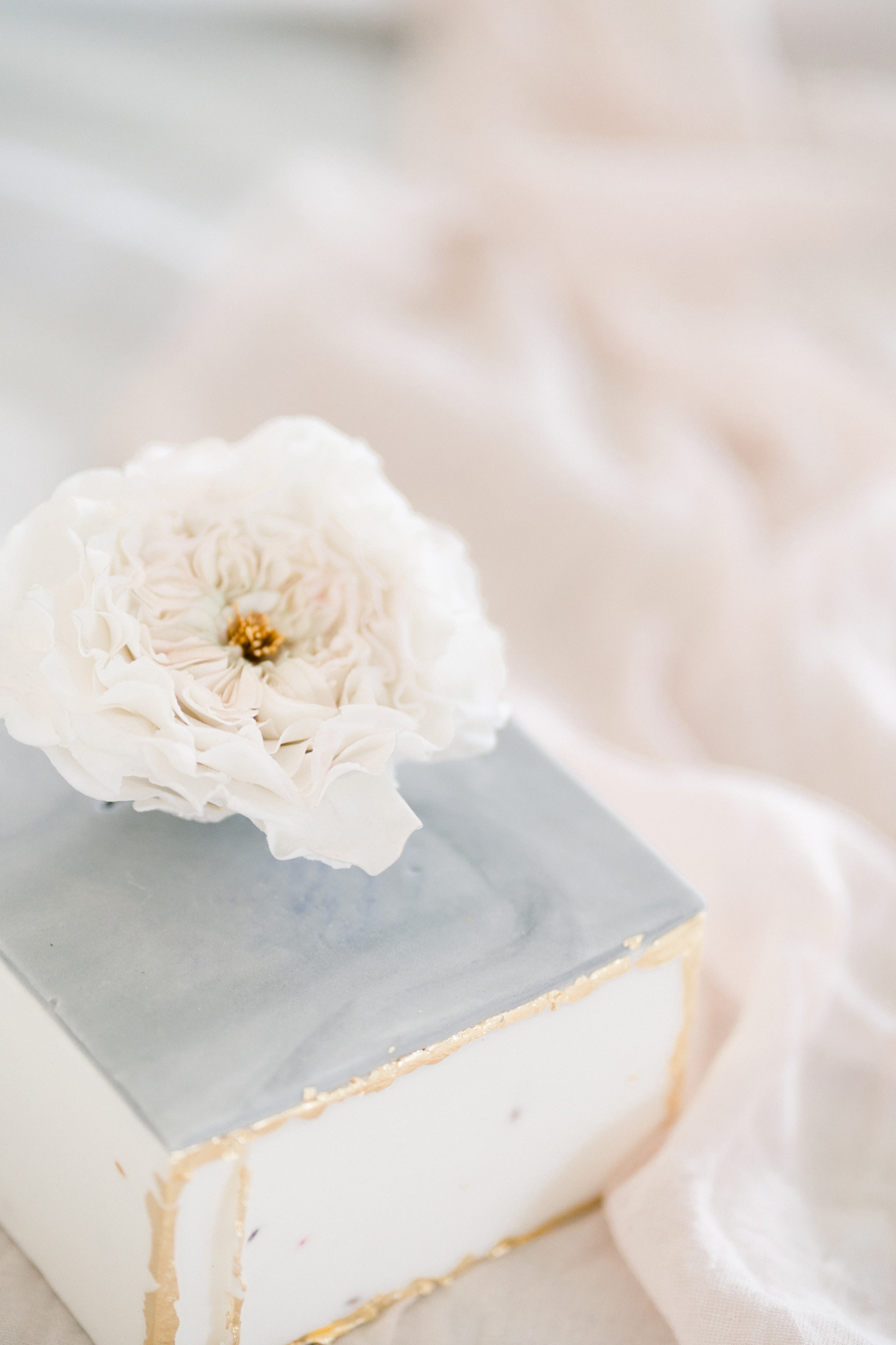 Spring blossom wedding style inspiration and ideas with Chloe Ely Photography at Barton Court (4)