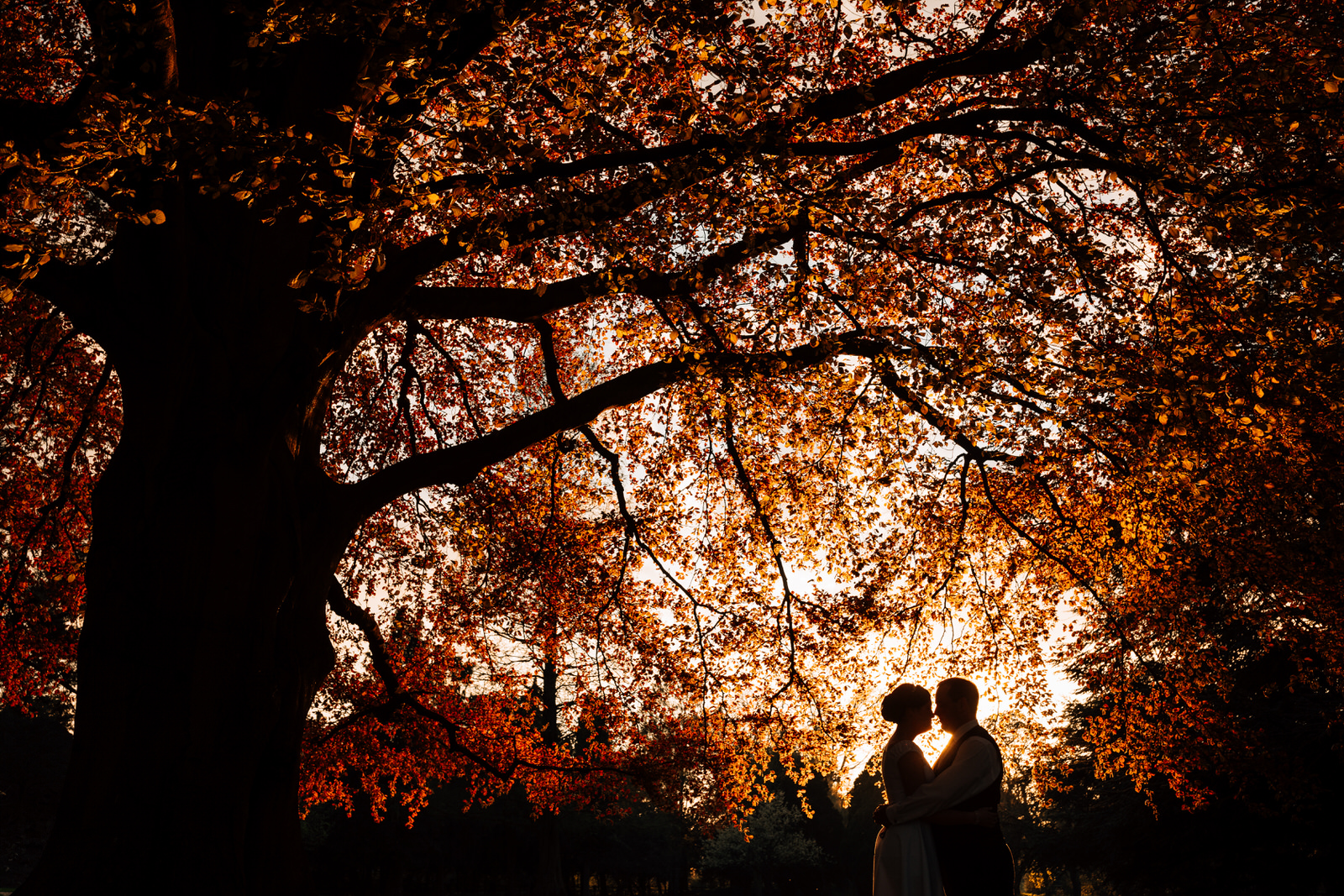 Home counties wedding photography by Damion Mower on English-Wedding.com (36)