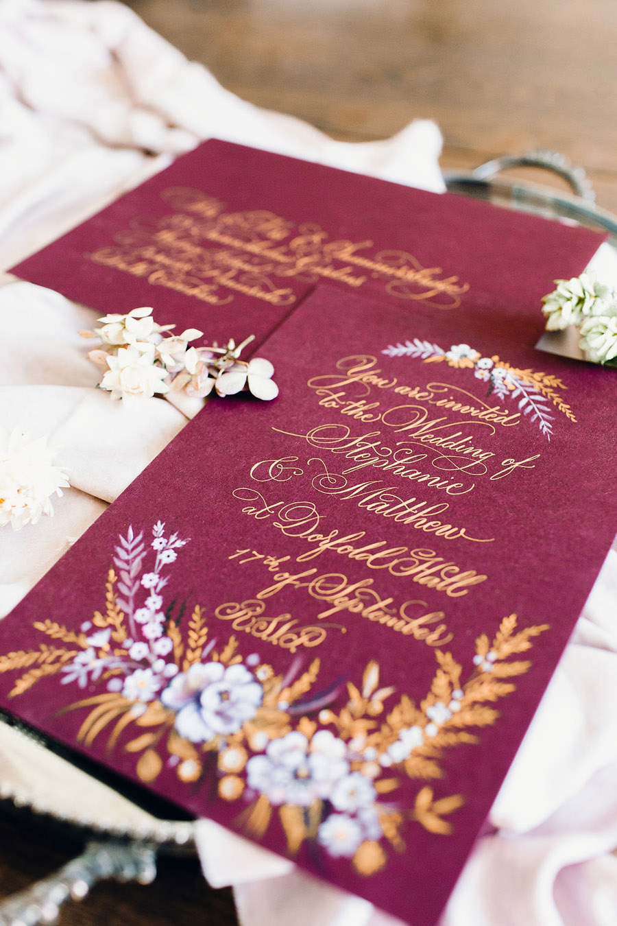 calligraphy by Claire Gould, editor of English Wedding and illustration by Amy Swann, of Amy Swann Cakes (3)