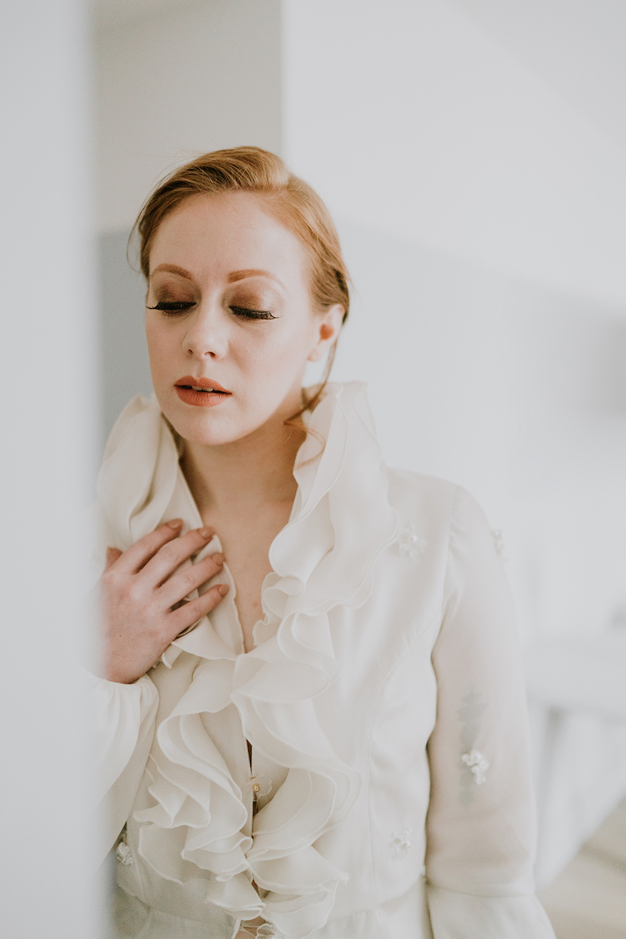 Beautifully curated fine art bridal shoot with Quaintly Photography (9)