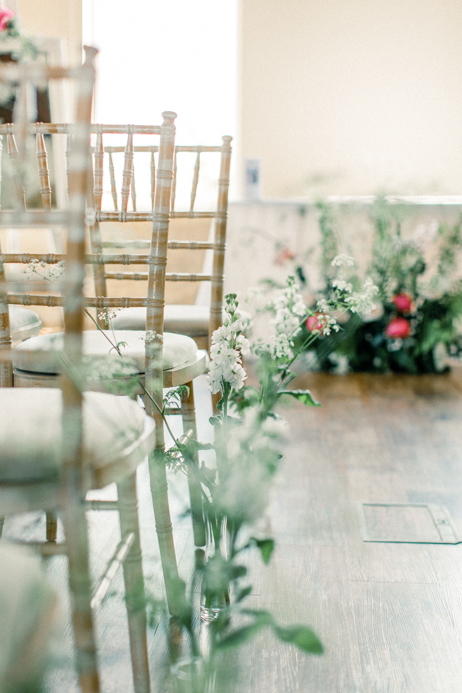 Jordans Courtyard rustic wedding styling ideas with images by Liz Baker Photography (2)