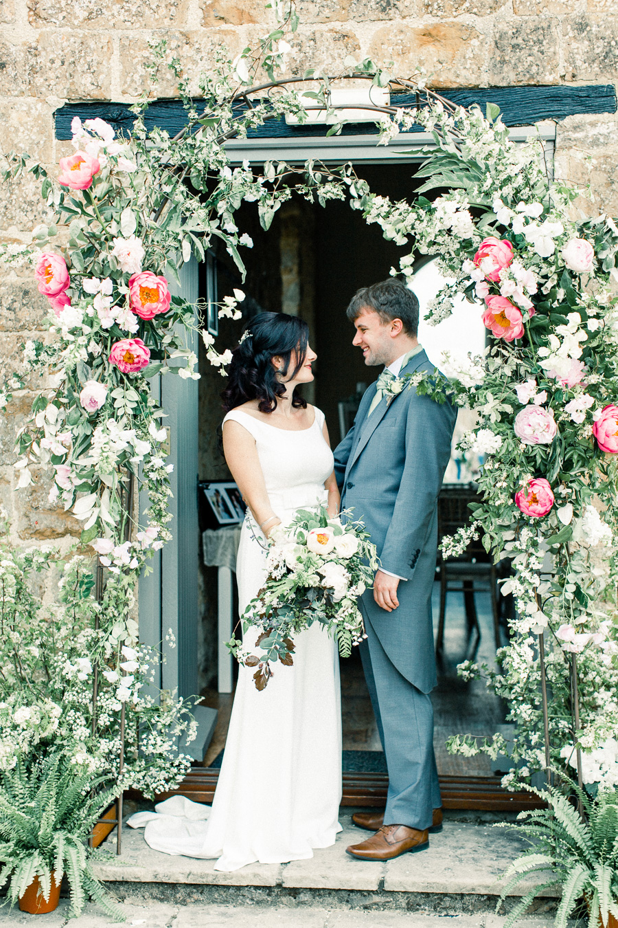 Jordans Courtyard rustic wedding styling ideas with images by Liz Baker Photography (19)