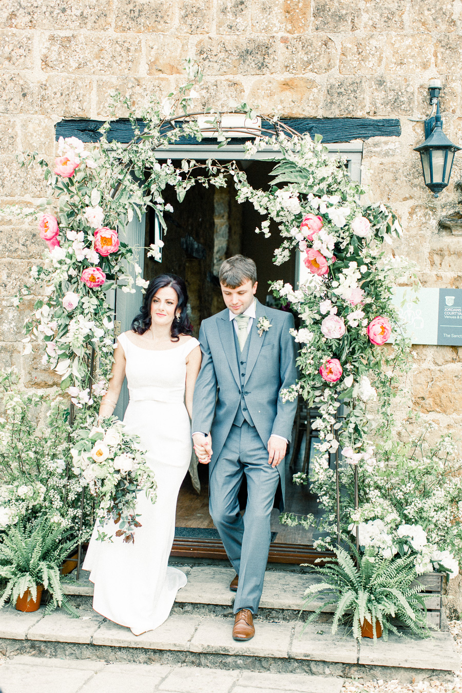 Jordans Courtyard rustic wedding styling ideas with images by Liz Baker Photography (20)