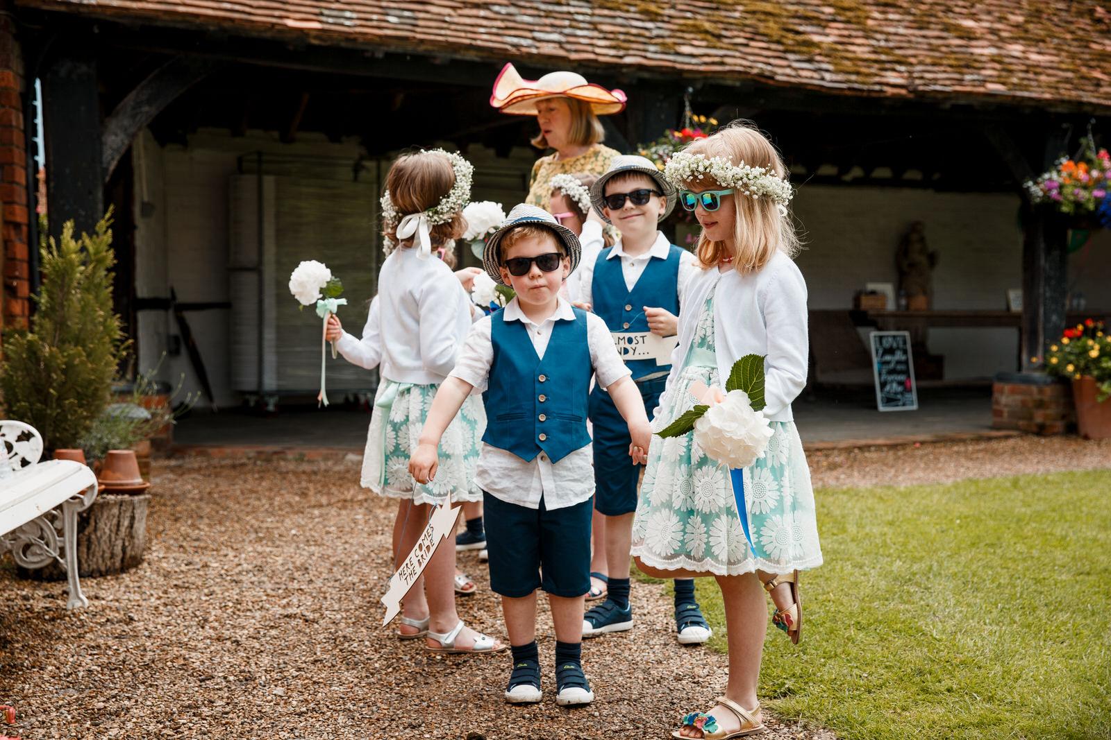 Home counties wedding photography by Damion Mower on English-Wedding.com (18)