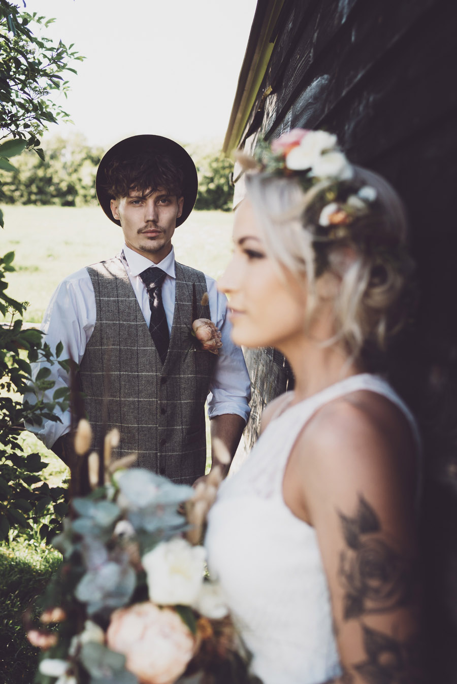 Alternative farm wedding ideas at Little Fant Farm with Tom Cullen Photography (1)