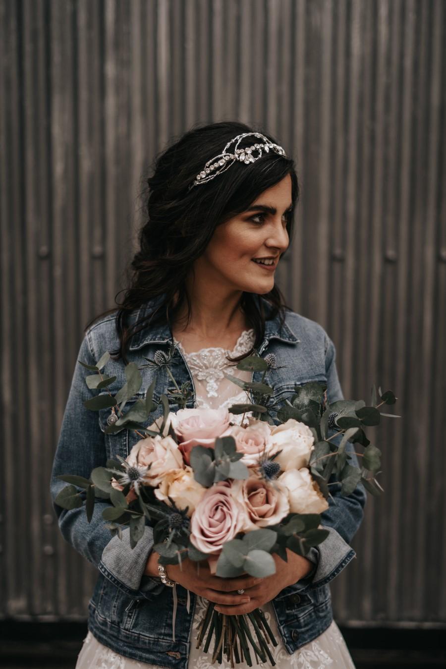 Real couple Daniel & Lorena Essex countryside boho wedding ideas (8)