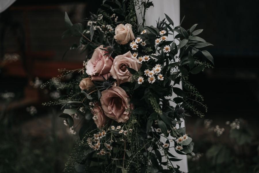 Real couple Daniel & Lorena Essex countryside boho wedding ideas (17)